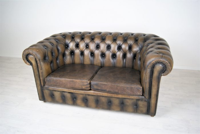 Chesterfield Ledersofa Anfang 1900