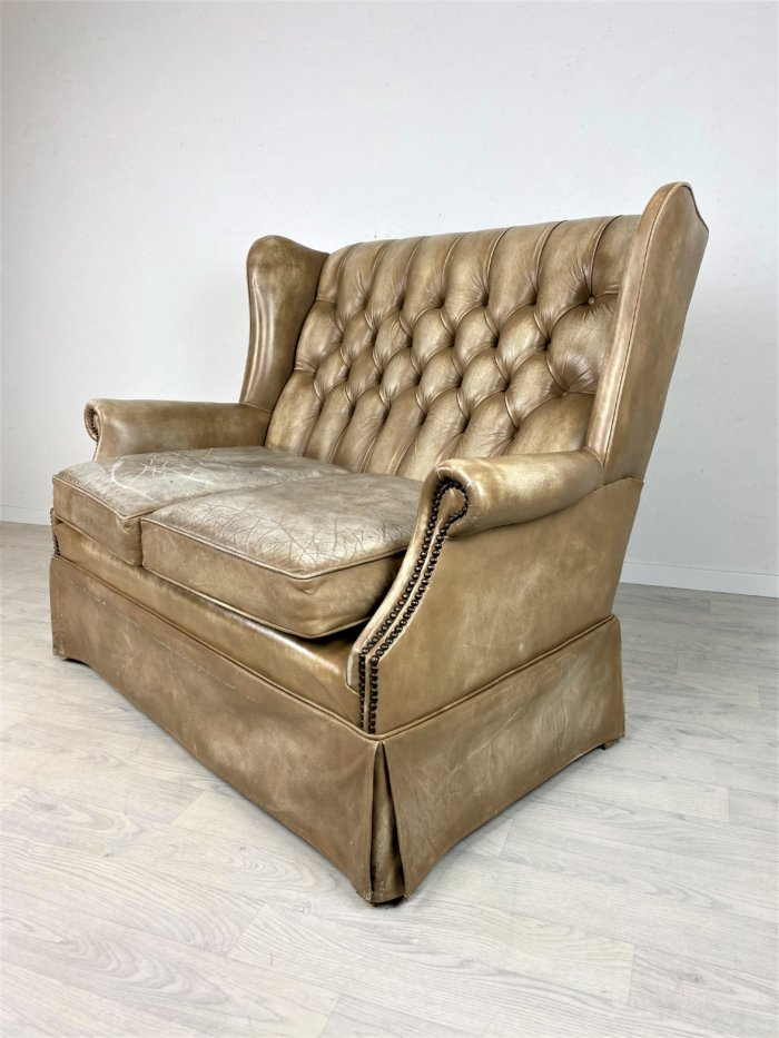 Antikes Chesterfield Ledersofa